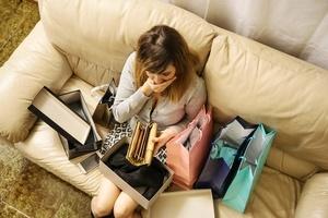 addictive behaviors shopping addiction